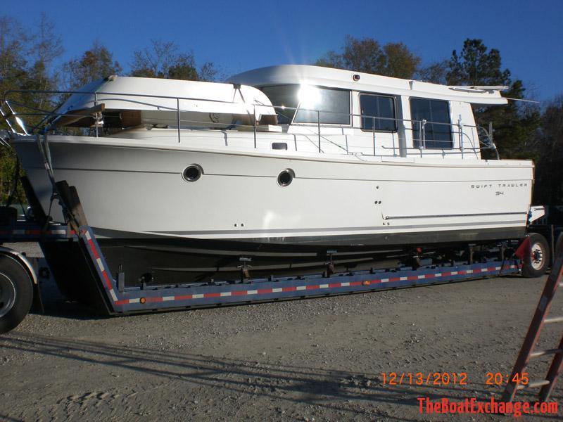 2013 Beneteau Swift Trawler 38