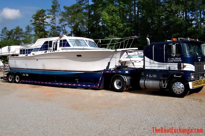 1980 Chris Craft Corinthian 38