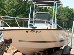 2002 Key Largo 1900 CC Fishing Boat
