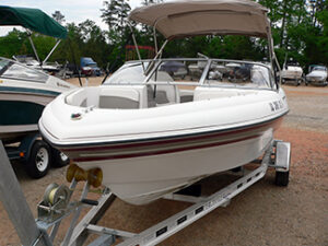 2003 Four Winns 180 Bowrider