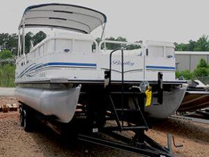 2006 Bentley 20′ Pontoon Boat